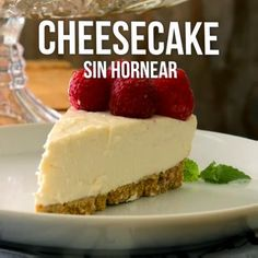 Video of Cheesecake without Baking- Video de Cheesecake sin Hornear For cheesecake lovers, they will love this dessert, the combination of cream cheese with strawberry is second to none. Sweet Desserts, Easy Desserts, Sweet Recipes, Delicious Desserts, Dessert Recipes, Yummy Food, Tasty, Fall Recipes, Tortas Light