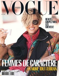 Supermodel Iselin Steiro takes the cover of Vogue Paris' August 2018 edition captured by fashion photographer David Sims. In charge of styling was Emmanuelle Alt, with beauty from hair stylist Duffy and makeup artist Lucia Pica. V Magazine, Vogue Magazine Covers, Vogue Covers, French Magazine, Vogue Paris, Vogue Uk, David Sims, Whitney Houston, Vanity Fair