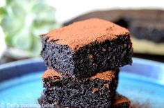 Healthy Extra Moist Chocolate Cake (flourless, no butter, no added sugar)