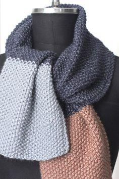 Perlestrikket halstørklæde classic til dig og ham Handmade Scarves, Chrochet, Diy And Crafts, Knitting, Classic, How To Make, Travel, Fashion, Chopsticks