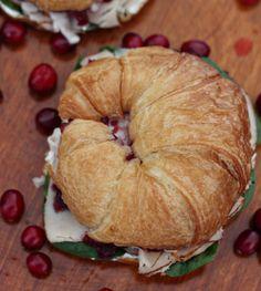 Delicioso cuernito de pavo para el recalentado navideño