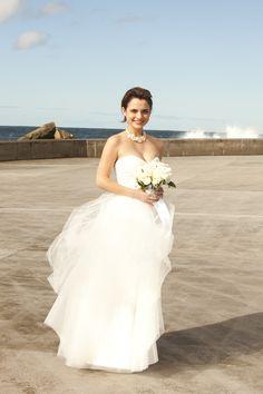 Wedding dress: Karen-Willis Holmes