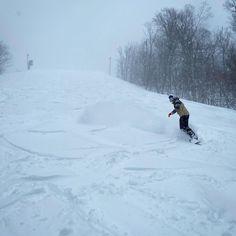 La neige continue de tomber ❄️ ⛄️ plus de 20 cm déjà reçu !! Venez profiter des conditions ⛷🏂⛷🏂 #skirelais #skisnowlerelais #tempête Venus, Snow, Outdoor, Instagram, Falling Down, Outdoors, Outdoor Games, The Great Outdoors, Eyes