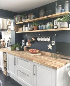 Future Home Interior Open shelving butcher block countertops.Future Home Interior Open shelving butcher block countertops Kitchen Decor Themes, Home Decor Kitchen, Country Kitchen, New Kitchen, Kitchen Interior, Home Kitchens, Kitchen Board, Interior Paint, Interior Design