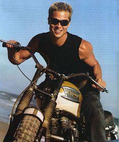 Brad Pitt: Triumph Desert Racer G e o r d i e B i k e r: November 2011