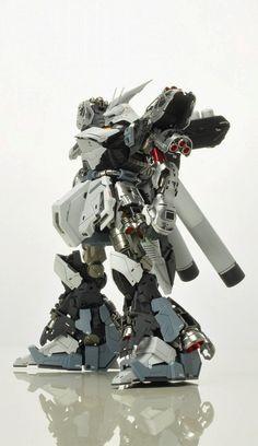 GUNDAM GUY: MG 1/100 Sazabi Ver. Ka - Painted Build W.I.P.