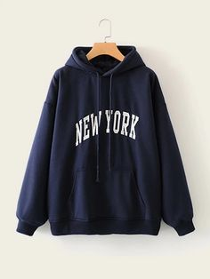 To find out about the Letter Graphic Kangaroo Pocket Drawstring Hoodie at SHEIN, part of our latest Sweatshirts ready to shop online today! Sweats Outfit, Sweatshirt Outfit, Red Hoodie, Sweater Hoodie, Sweatshirt Refashion, Trendy Hoodies, Boys Hoodies, Hoodie Sweatshirts, Sweat Shirt