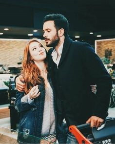 Did you know I'm utterly insane? Love Couple Images, Couples Images, Couple Photos, Cute Couples Goals, Couple Goals, Dentist Cartoon, Tumblr Couples, The Best Series Ever, Elcin Sangu