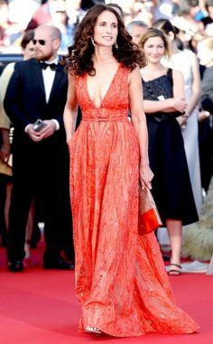 Elie Saab في فستان من Andie MacDowell