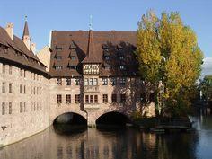 23.- Nuremberg. El pintoresco Geitspital de Nuremberg, en Baviera.