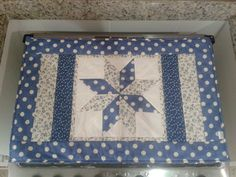 Table Topper Patterns, Mug Rug Patterns, Quilted Table Toppers, Quilt Patterns, Patchwork Table Runner, Table Runner And Placemats, Quilted Table Runners, Quilting Projects, Sewing Projects