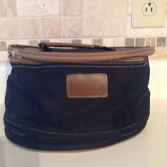 Cosmetic bag Black cloth cosmetic bag. Great condition! Bags Cosmetic Bags & Cases