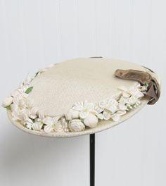 1940 Vintage hats | Vintage 1940's Creme Floral Pillbox Tea Hat by JLVintage on Etsy