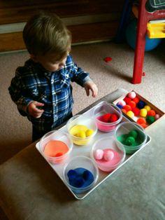 Τα νήπια παίζουν και μαθαίνουν τα χρώματα στο Παιδικό Μουσείο (από 1/3)