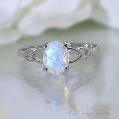 Moonstone Jewelry, Gold Jewelry, Jewelry Rings, Gemstone Rings, Glass Jewelry, Silver Bracelets, Dream Engagement Rings, Vintage Engagement Rings, Vintage Rings