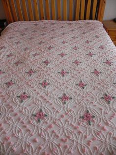 Beautiful Vintage Creamy White w Roses Chenille Bedspread Lovely | eBay