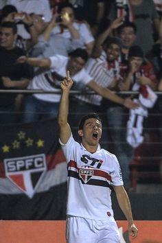 Osvaldo of Brazils Sao Paulo reacts after scoring against Argentinas Tigre during their Copa Sudamericana football final match at Morumbi stadium in Sao Paulo, Brazil, on December 12, 2012. AFP Photo/Yasuyoshi CHIBA