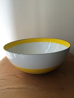 Large Cathrineholm Yellow Stripe Enamel Bowl