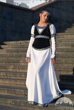 """DE DESCUENTO! Vestido de novia medieval y chaleco """"Reina del ajedrez""""; vestido blanco; Vestido de novia; boda medieval; Vestido de Novia de Ren"""