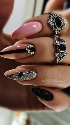 Glam Nails, Red Nails, Hair And Nails, Black Manicure, Cute Birthday Cakes, Red Nail Designs, Pretty Nail Art, Bridal Nails, Body Treatments