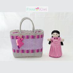 Para las pequeñas del hogar.. Bolsa canasta unicornio y muñequta Chana todo Handmade