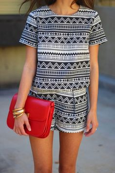 Tribal set + red clutch