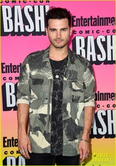 Michael Malarkey at the Entertainment Weekly's Comic-Con Bash 2016