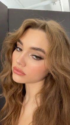 Cute Makeup, Pretty Makeup, Makeup Looks, Skin Makeup, Beauty Makeup, Hair Beauty, Aesthetic Hair, Aesthetic Makeup, Cabelo Inspo