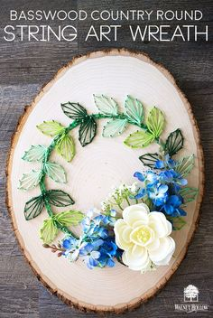 Make a String Art Wreath Pop with actual Flowers embedded in the strings! Diy Wall Art, Diy Art, Wall Decor, Crafts To Sell, Diy And Crafts, String Crafts, Diy String Art, String Art Templates, Wreath Tutorial
