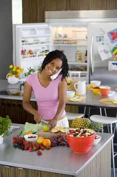 4 Brilliant Cool Tips: Cheap Kitchen Remodel Simple easy kitchen remodel.Simple Kitchen Remodel Ideas kitchen remodel with island tile.Kitchen Remodel Before And After Ikea. Condo Kitchen Remodel, Budget Kitchen Remodel, Kitchen Upgrades, Kitchen Remodeling, Apartment Kitchen, Benjamin Moore, Cheap Kitchen Cabinets, Ikea Kitchen, 1960s Kitchen