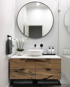 the moment, we are obsessed with round mirrors! The rectangular mirror takes … At the moment, we are obsessed with round mirrors! The rectangular mirror takes . -At the moment, we are obsessed with round mirrors! The rectangular mirror takes . Modern Powder Rooms, Bathroom Inspiration, Bathroom Decor, Interior, Modern Bathroom Vanity, Bathroom Interior Design, Home Decor, House Interior, Bathroom Design