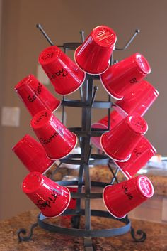 Good idea for family reunion: Could use to dispense cups at a party. Just in case there are more guests than expected, add a stack of cups and a permanent marker on the side. Family Reunion Food, Family Reunions, Family Gatherings, Altar, Georg Christoph Lichtenberg, Red Solo Cup, Family Get Together, Get Together Ideas, Girl Scout Camping
