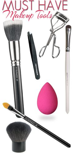 The Must Have Makeup Tools You Need in Your Makeup Bag.