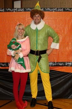 Elf Family Halloween Costumes - I would give them EXTRA candy if they showed up at my door! Super Clever!!!