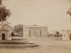 Artesische put op het Koningsplein te Batavia. Dutch East Indies, City Scene, Old City, Jakarta, Old Photos, Taj Mahal, The Past, Culture, History