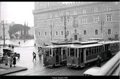 ROMA Sparita ARCHIVIO ATAC PIAZZA VENEZIA 1929 Bucharest, Old Photos, Rome, Louvre, Street View, In This Moment, History, World, Places