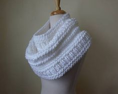 Hand Knit Accessories Made in the USA-Free de pegsyarncreations