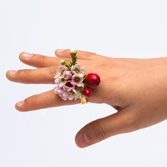 Wild flowers complete Spring rings by Gahee Kang Fresco, Music Festival Fashion, Festival Style, Bohemian Flowers, Funky Jewelry, Clothing And Textile, Love Ring, Flower Crafts, Wild Flowers