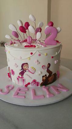 Baby Birthday Cakes, Bear Birthday, Masha Cake, Masha Et Mishka, Marsha And The Bear, Beautiful Birthday Cakes, Bear Cakes, Birthday Decorations, Cake Decorating