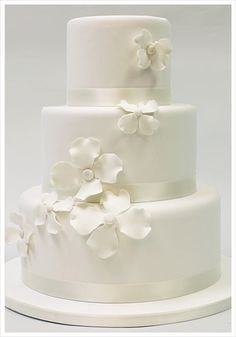 cake - Basic Cake, $5.00 (http://www.cake-chicago.com/wedding-cakes/basic-cake/)