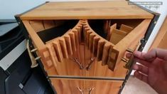 Carpentry Projects, Wood Projects, Craft Projects, Folding Furniture, Wood Furniture, Decoration, Sideboard, Wood Art, Clothes Hanger