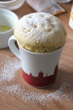 Joghurt Mug Cake: 5 Minuten Kuchen aus der Mikrowelle, Joghurt Mug Cake selber machen yummy desserts Mug Cakes, Mug Recipes, Cookie Recipes, Dessert Recipes, Bread Recipes, Macaroni Recipes, Soap Recipes, Yummy Recipes, Vegetarian Recipes