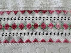This Pin was discovered by Mag Hardanger Embroidery, Cross Stitch Embroidery, Hand Embroidery, Embroidery Designs, Fabric Embellishment, Swedish Weaving, Drawn Thread, Cross Stitch Borders, Embroidery Needles