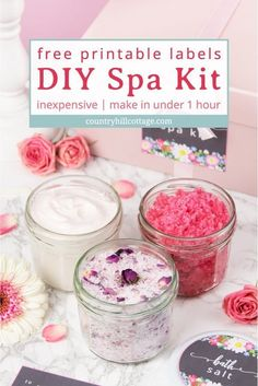 A DIY spa kit with free printable labels is perfect for a spa day at home and a quick and affordable homemade gift idea for mom and friends. day at home ideas Sugar Scrub Recipe, Sugar Scrub Diy, Diy Scrub, Sugar Scrubs, Homemade Beauty Recipes, Easy Homemade Gifts, Diy Spa Day, Spa Day At Home, No Salt Recipes