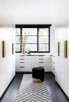 10 luxury walk-in wardrobe design ideas - Sydney home of Sophie Vander. - 10 luxury walk-in wardrobe design ideas – Sydney home of Sophie Vander. Interior design by Arent & Pyke. Photograph by Pablo Veiga. Interior Design Minimalist, Modern Interior Design, Interior Design Basics, Wardrobe Interior Design, Gold Interior, Interior Colors, Contemporary Interior, Luxury Interior, Interior Design Inspiration