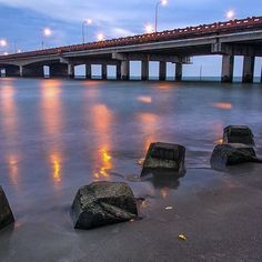 #TainanCity #Taiwan #Bridge #river #sea #Sunset #RiverBeach #Reflexion #PhotoAndTraveling