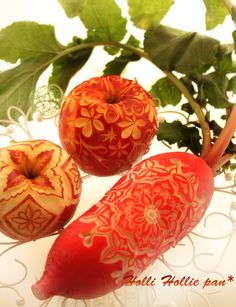 Apple & Red Radish carved by pan*