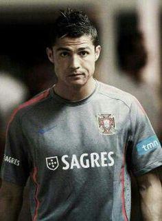 Cristiano Ronaldo  www.kingsofsports.com
