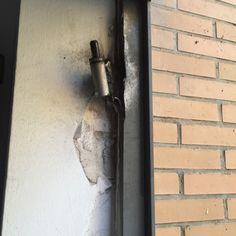 Cerrajeros #valencia, cerrajeros de Valencia, cerrajeros en Valencia. Reparaciones cierres metálicos y soldadura. 693 909 909.