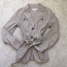 Belted Cotton Jacket Belted jacket that looks great casual or dressed up! Perfect condition! Bass Jackets & Coats